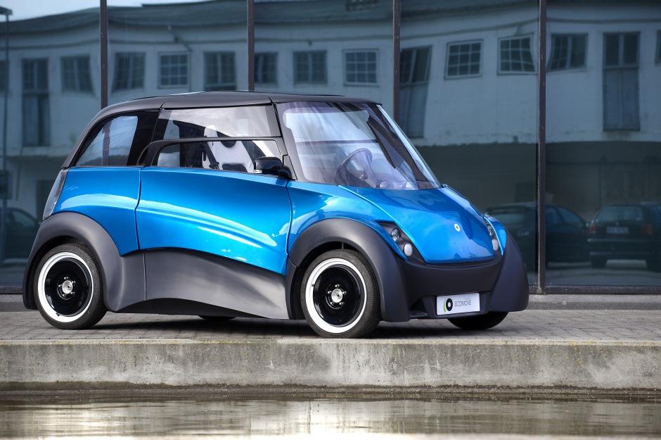 coche eléctrico 940