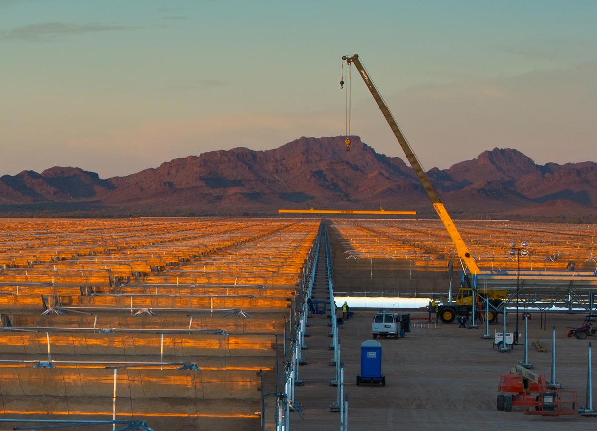 Rioglass en Arizona ya ha suministrado el 85% de los espejos para la mayor termosolar del mundo