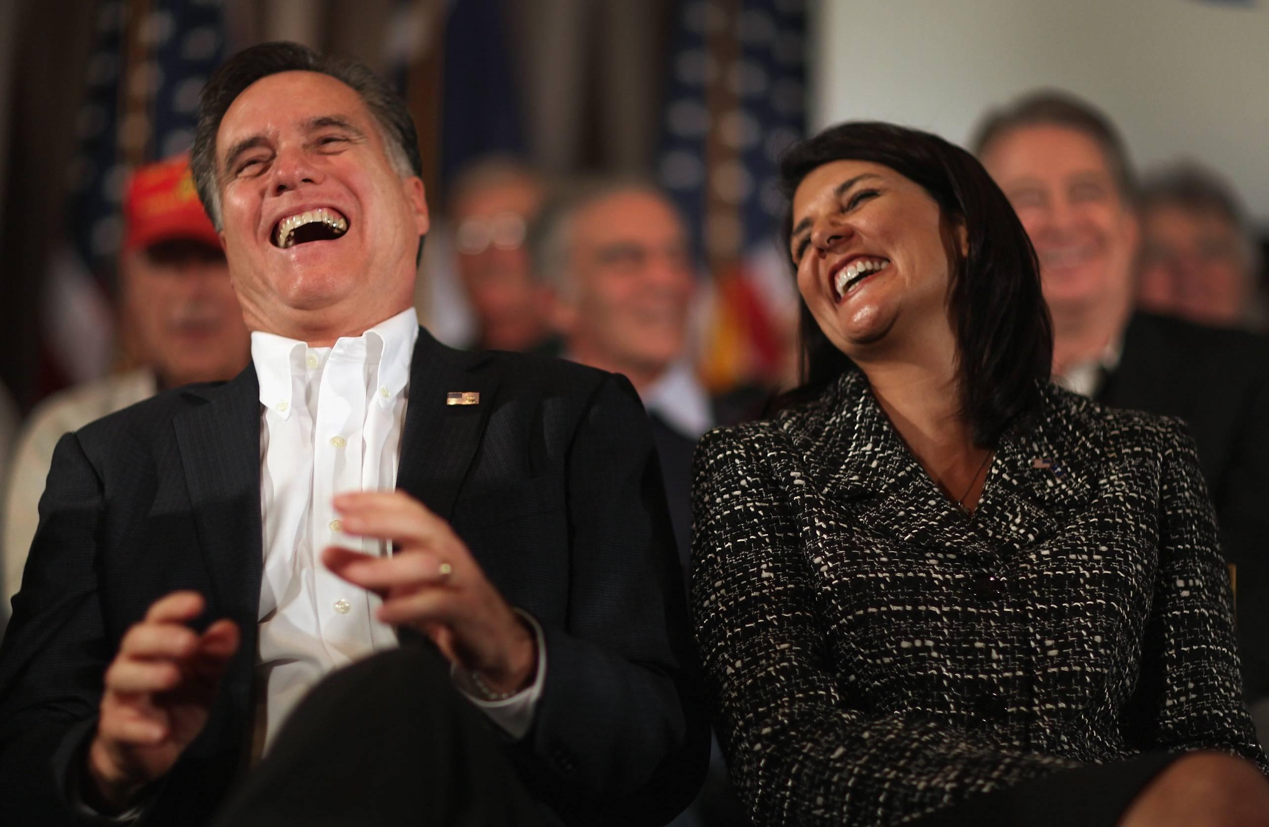 Obama ataca Mitt Romney por energía eólica
