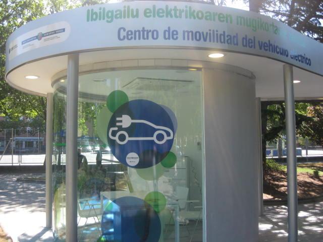 Dbus compra un vehículo eléctrico