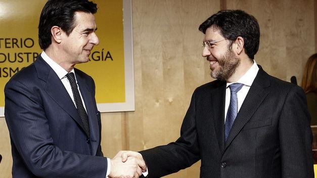 España se juega 5.700 millones en pleitos mundiales por las energías renovables
