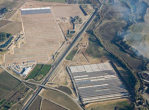 Arranca en Lleida la primera termosolar hibridada con biomasa