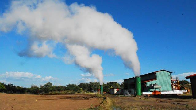 La central de energía geotérmica  Momotombo es el área geotérmica más estudiada de Nicaragua, tiene un área de explotación de dos kilómetros cuadrados, y la primera investigación se realizó en 1966.