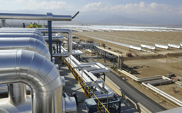 Energías renovables: Marruecos pondrá en marcha su gran termosolar en agosto