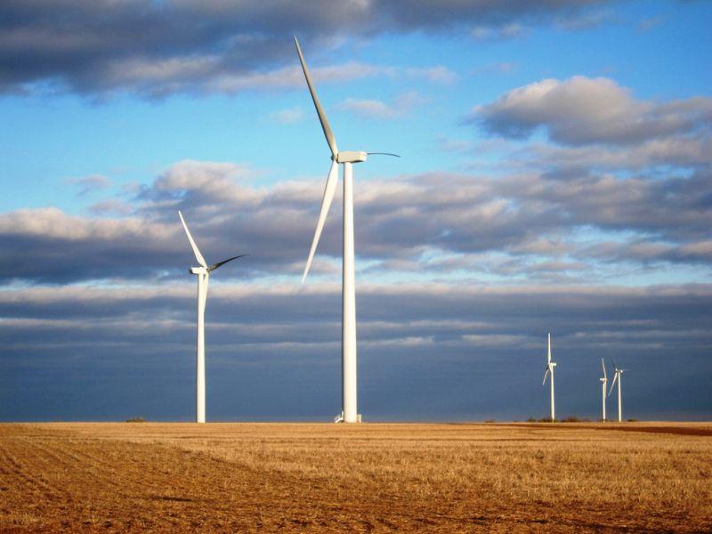 México promueve las energías renovables.
