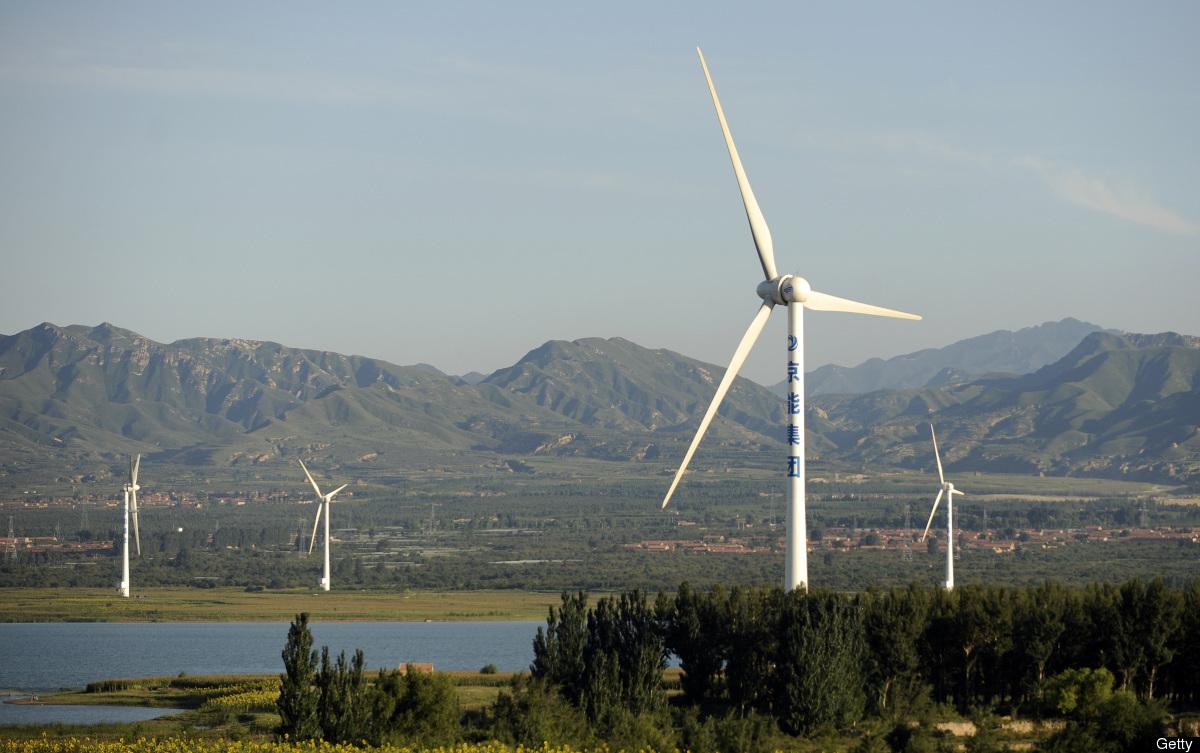 China aumenta generación de electricidad con energías renovables