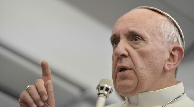 El Papa defiende las energías renovables