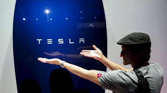 Enel Green Power y Tesla almacenarán energías renovables, eólica y energía solar