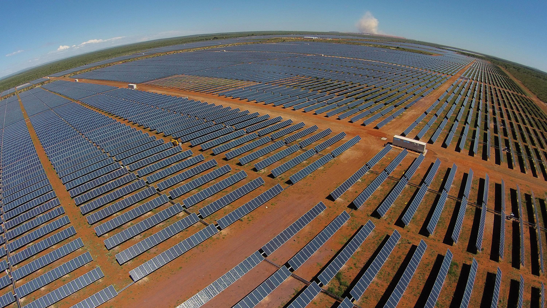 Solar For America >> Acciona construirá una de las diez mayores centrales de energía solar fotovoltaicas en Atacama ...