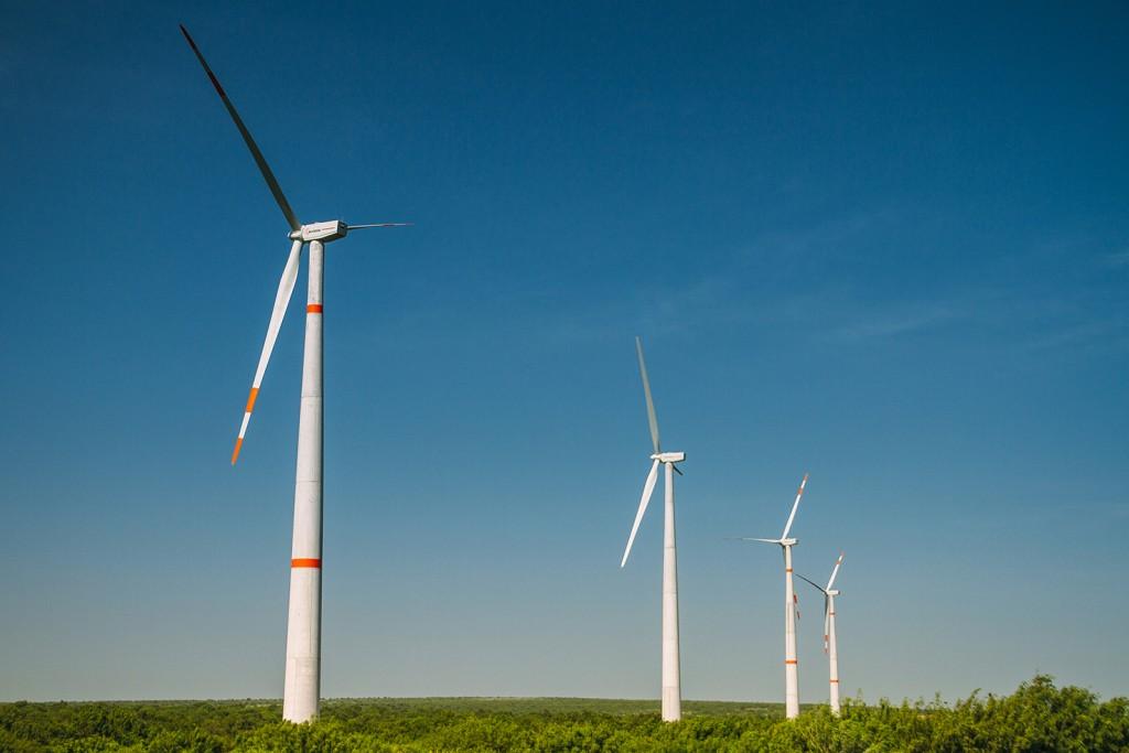 Vista parcial parque eólico instalado por ACCIONA Energía en México
