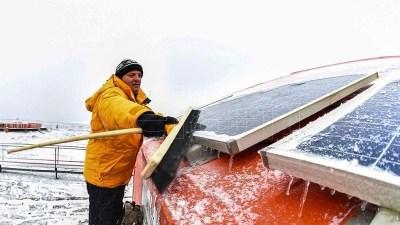 Ensayan un generador eólico adaptado a los vientos extremos de la Antártida