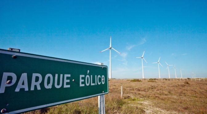 Inaugura Peña Nieto parque eólico en Coahuila