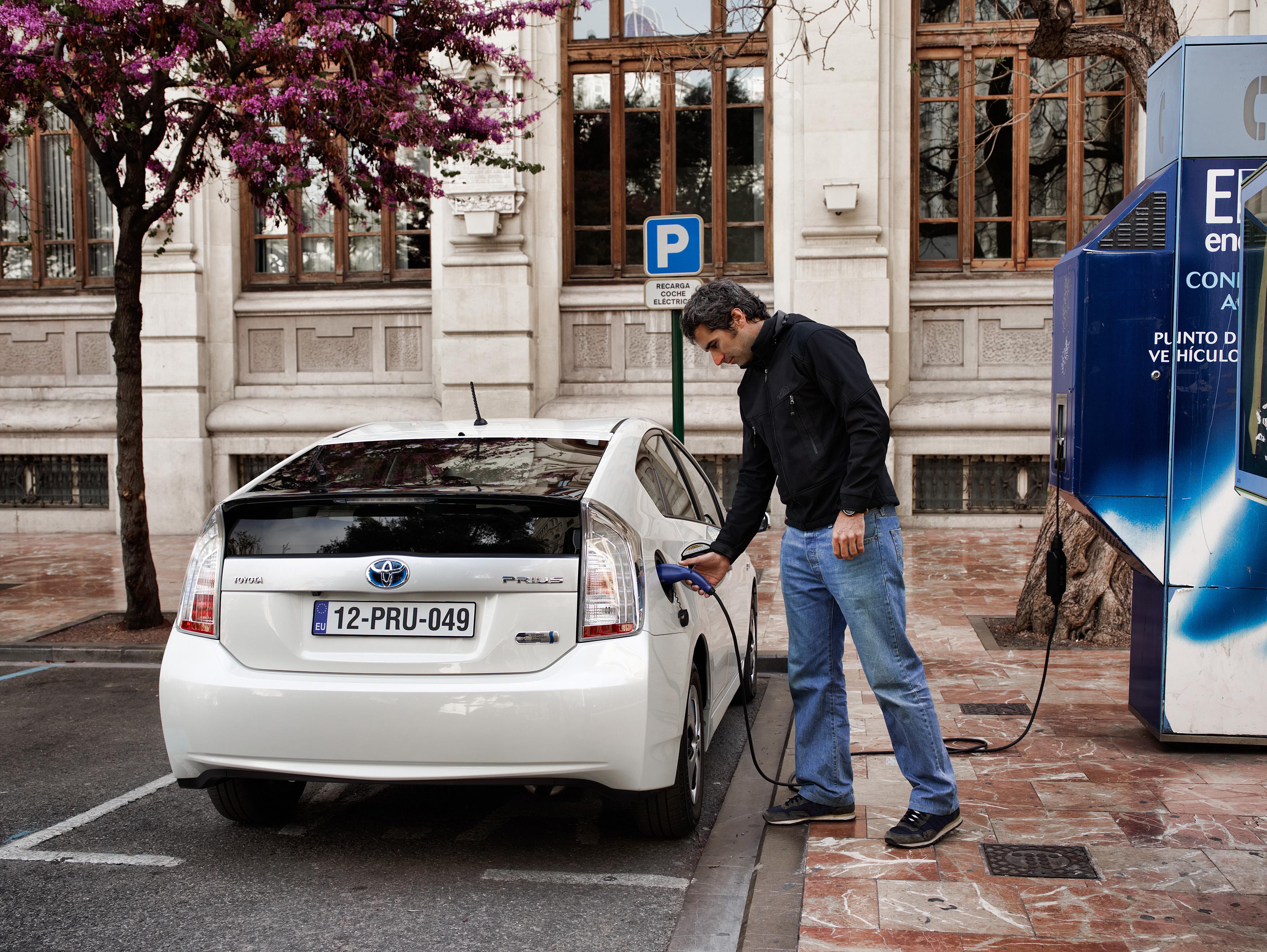 Toyota selecciona un socio de reciclaje de baterías de ión-litio de sus coches eléctricos