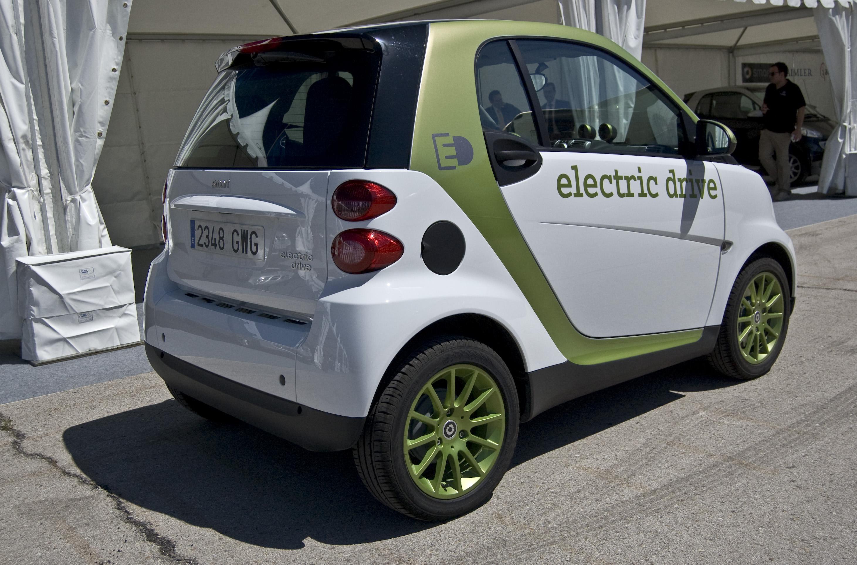 El precio del coche eléctrico Smart es de 18.950 euros