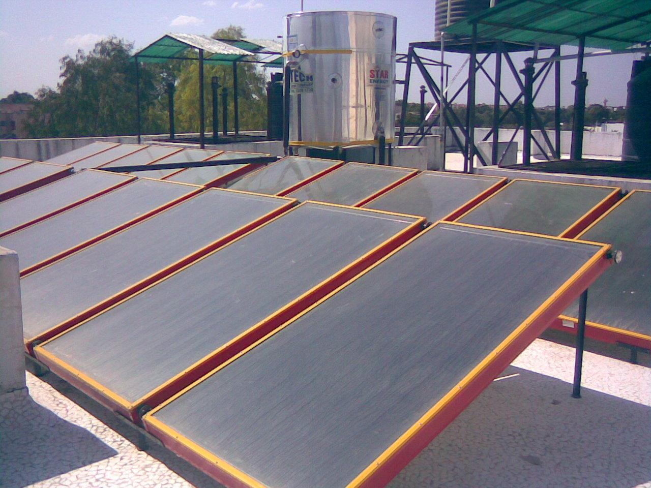 Canarias concede 1,7 millones en subvenciones a la energía solar térmica