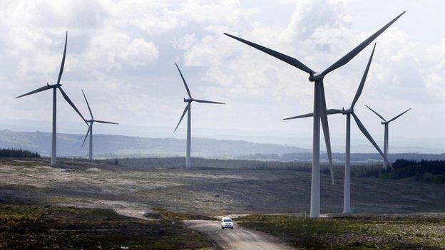 Parques eólicos en Reino Unido aumentan aporte de energía eólica