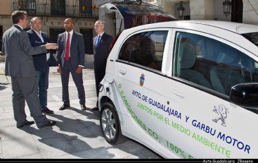 El Ayuntamiento de Guadalajara cuenta con un nuevo coche eléctrico