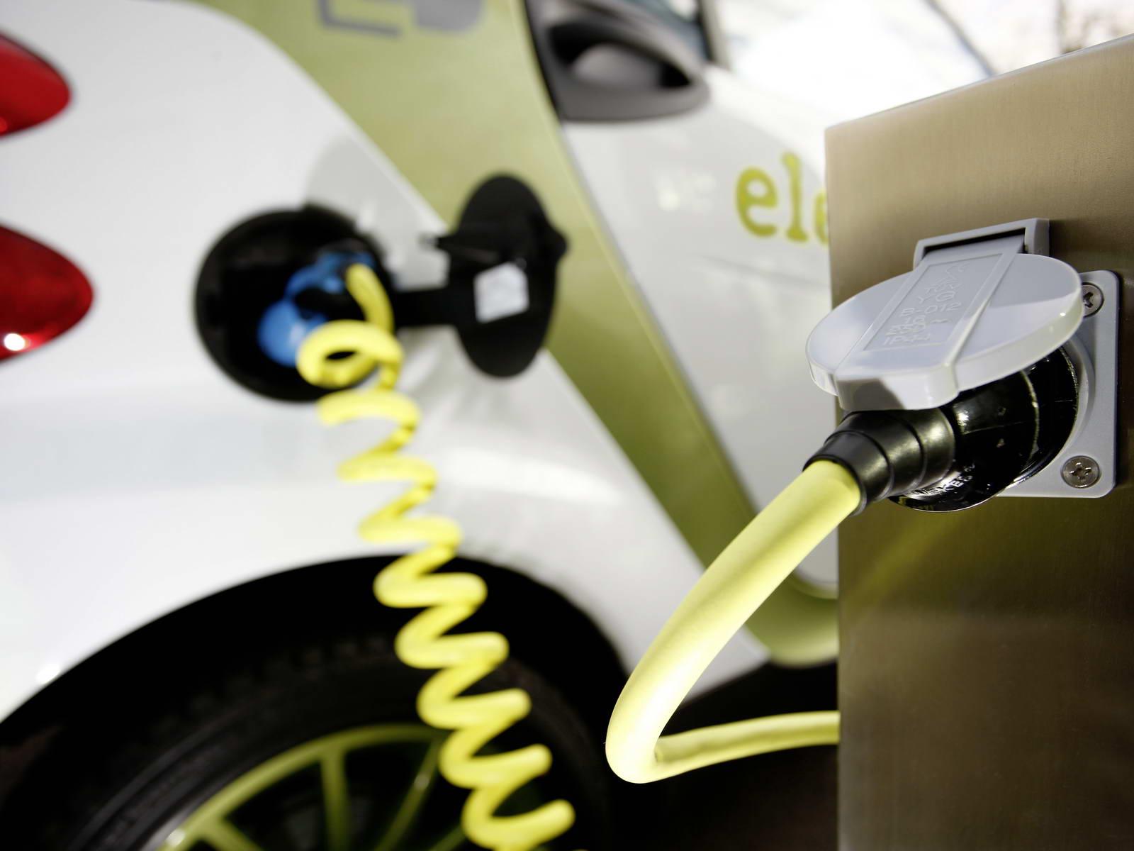 El fomento del coche eléctrico dispondrá de 10 millones en 2013 en España