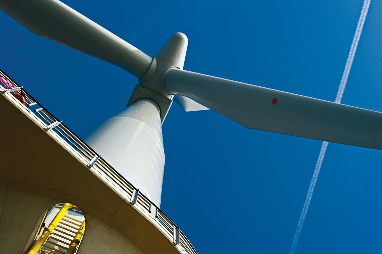 Iberdrola apuesta por la eólica marina en Reino Unido en 2013