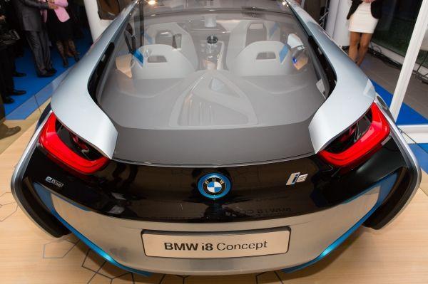 BMW presenta en Barcelona el coche eléctrico BMW i3
