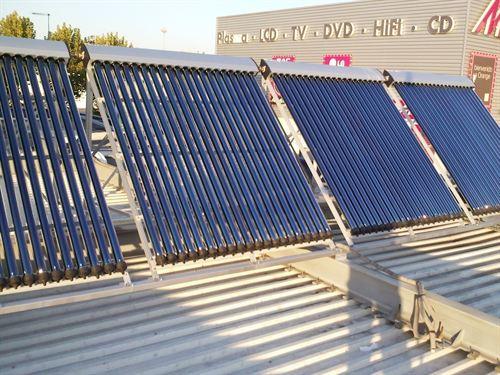 Amordad, empresa fabricante de energía solar, ofrece un plan de apoyo original a los emprendedores
