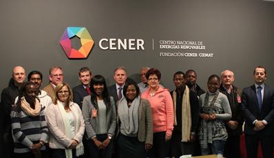 Una delegación de Sudáfrica visita el Centro de Energías Renovables (CENER)