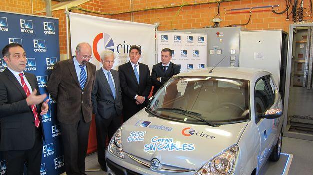 Endesa presenta la carga rápida sin cables para vehículos eléctricos