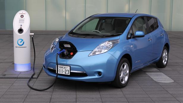 Coche eléctrico: El vehículo eléctrico Nissan LEAF se venderá por 15.900 €
