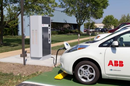 ABB inicia en España la comercialización de puntos de recarga para vehículos eléctricos