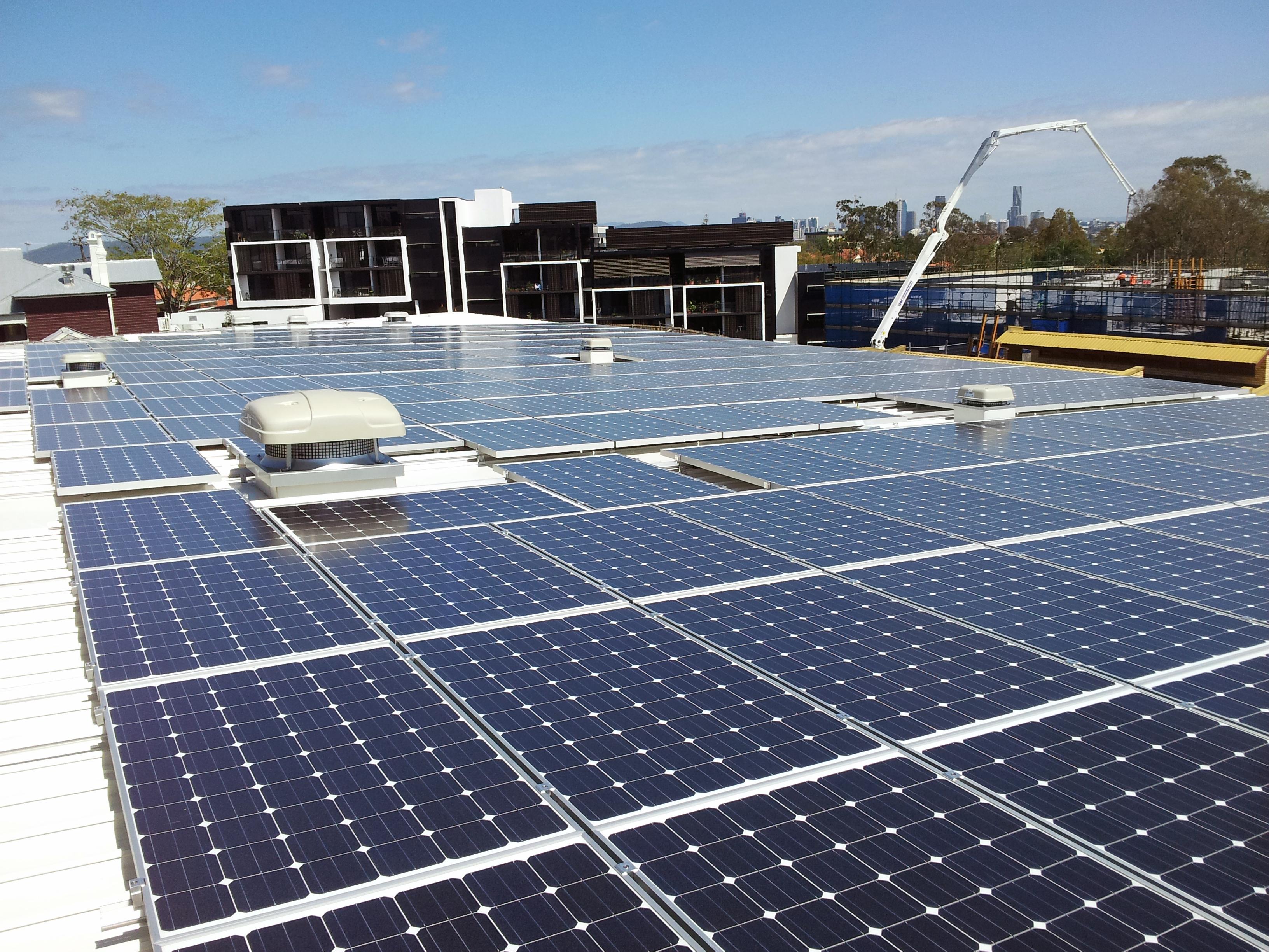 Conergy instala un sistema de energía solar fotovoltaica de 100 kilovatios para autoconsumo