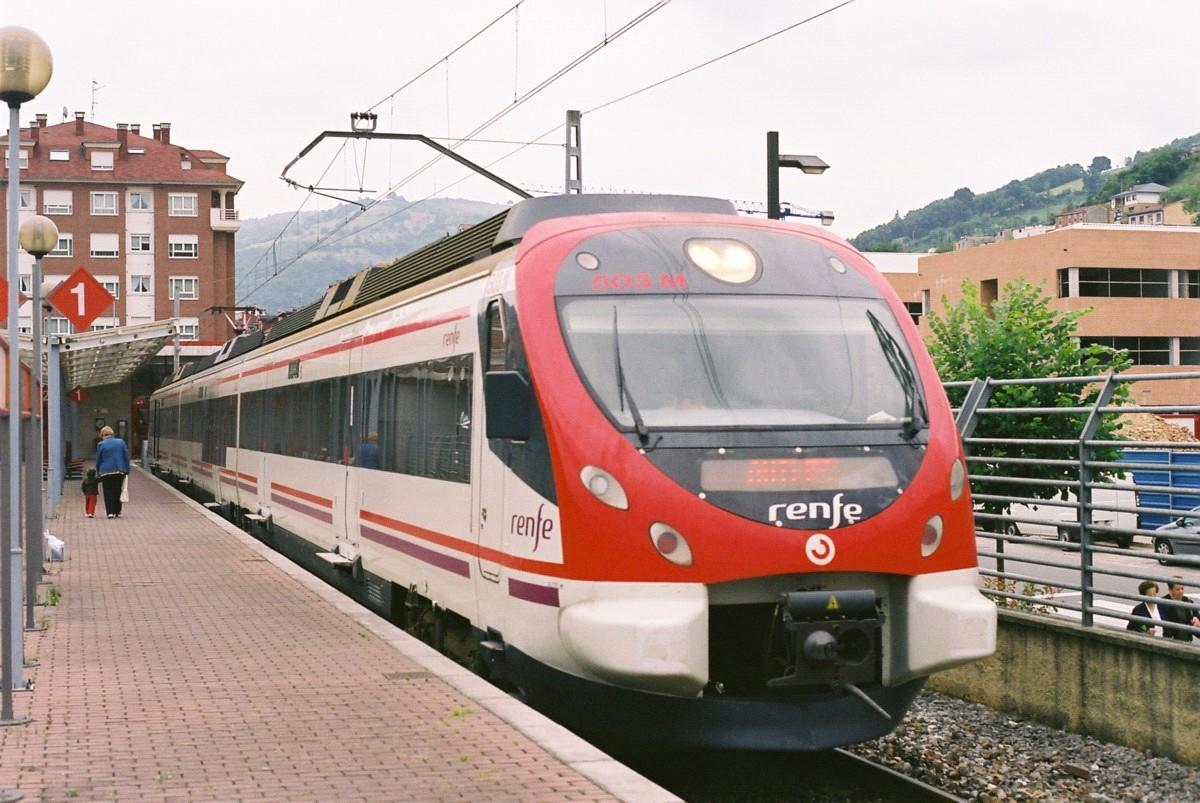 WWF, Greenpeace y CCOO presentan las claves para que el tren sea motor económico y social de futuro