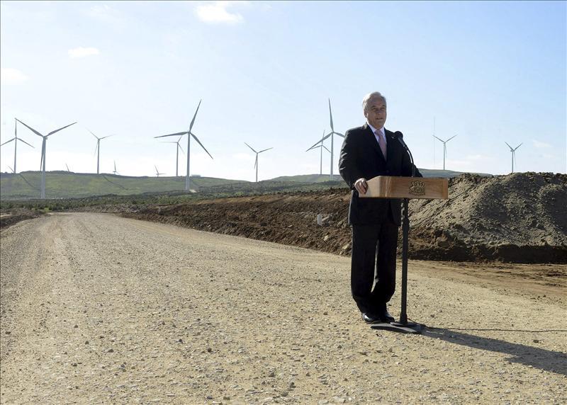Manual de Proyectos de Energías Renovables (eólica, termosolar y fotovoltaica) en Chile