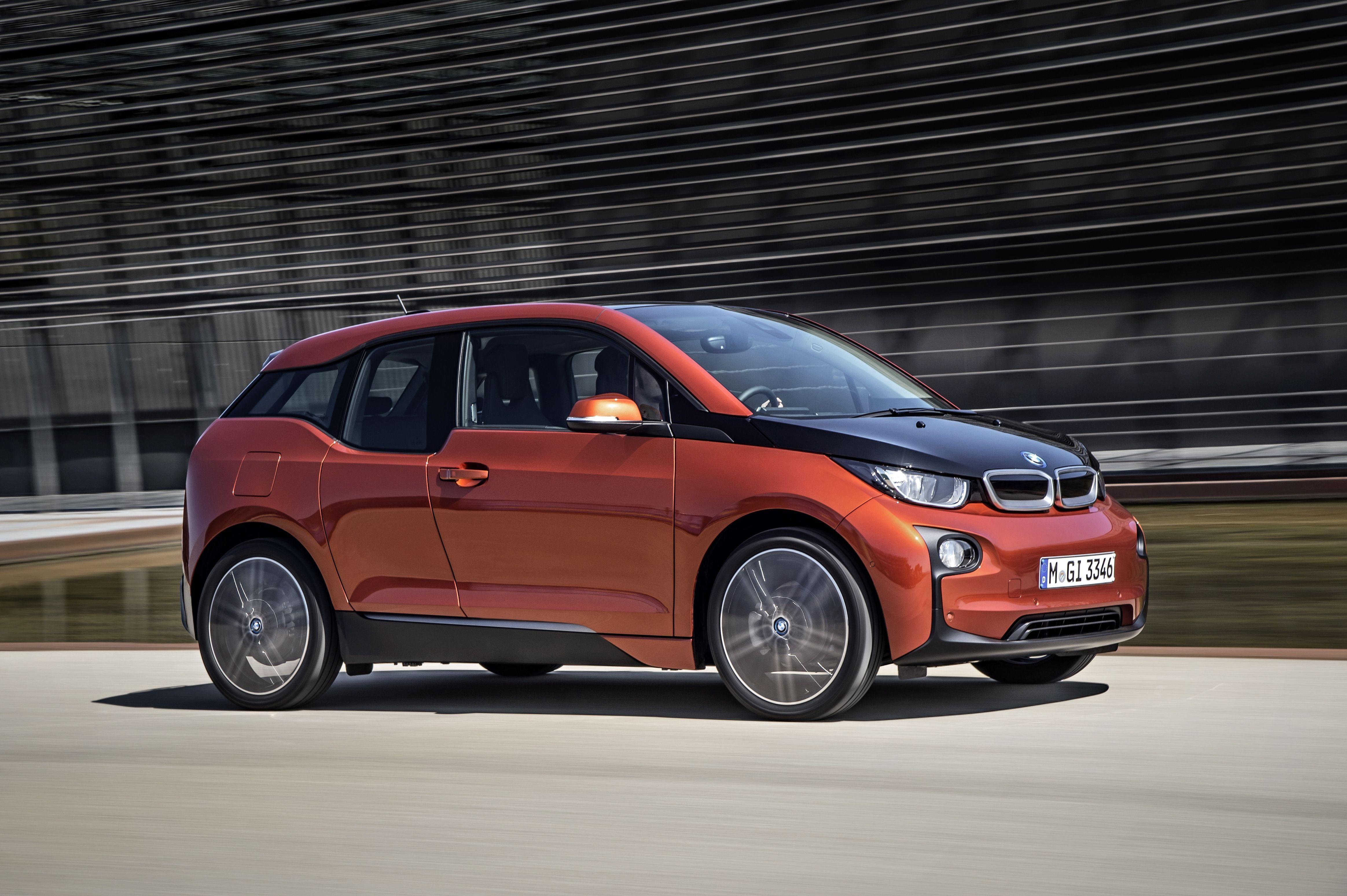 Presentación mundial del coche eléctrico BMW i3 en Nueva York, Londres y Pekín