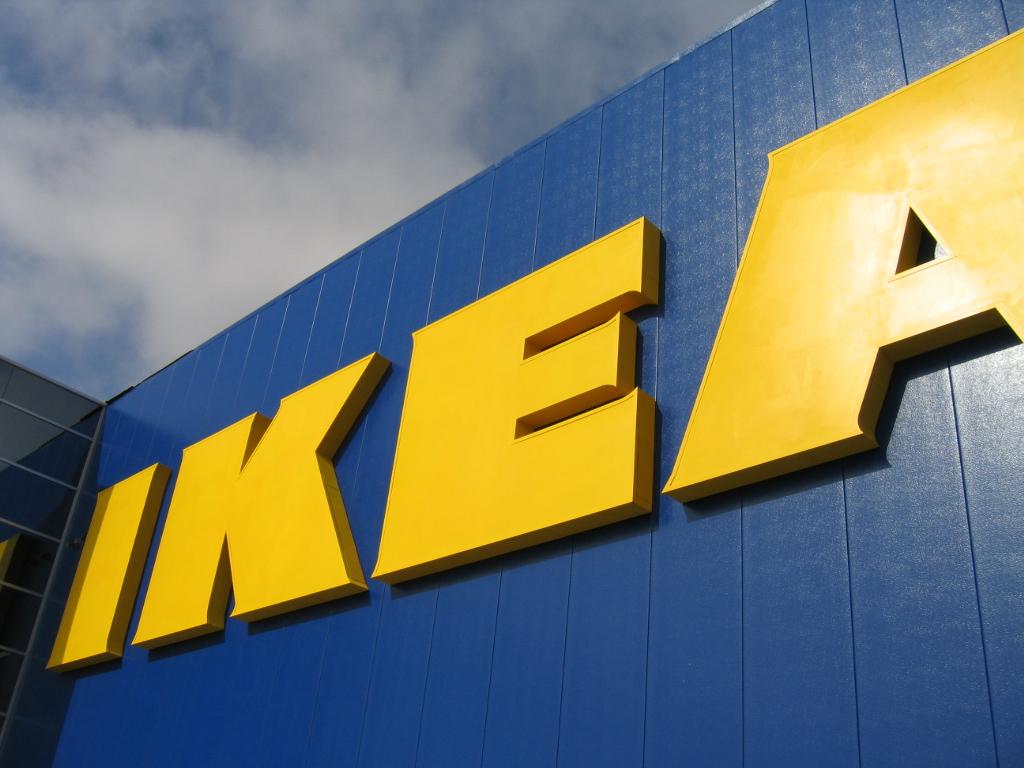 Ikea combate cambio climático con mil millones en energías renovables, eólica y energía solar