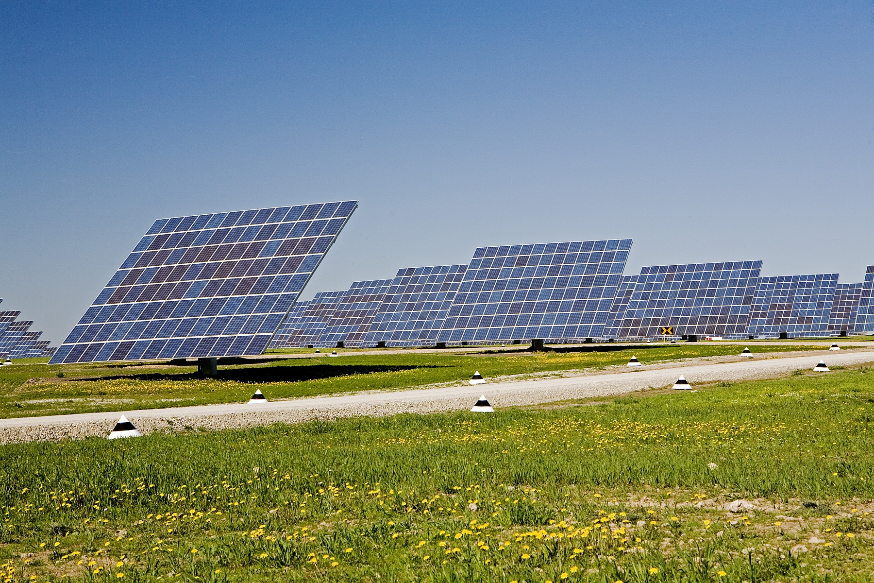 Acciona selecciona para el plan de energías renovables del Ejército estadounidense con energía solar fotovoltaica.