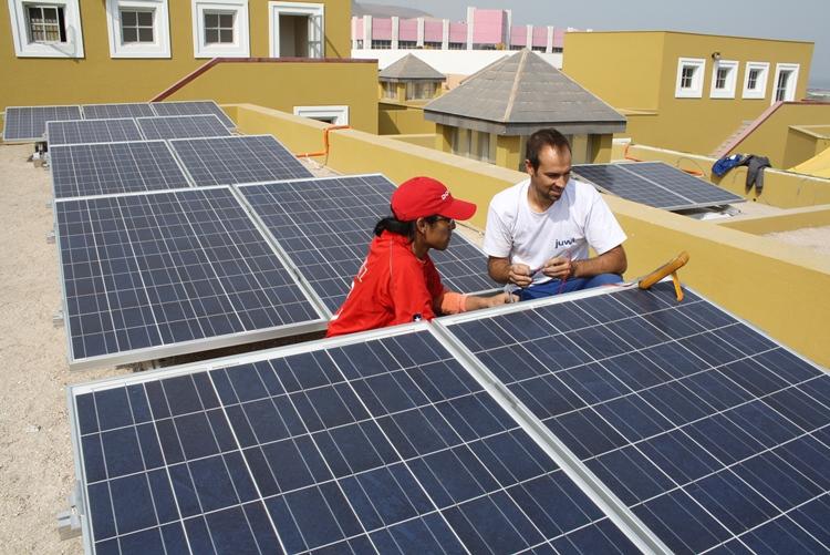 Energía solar fotovoltaica: El gobierno de Rajoy impide el autoconsumo de energías renovables