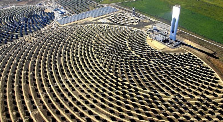 Termosolar Abengoa buscará socios para el desarrollo de sus nuevos proyectos de energías renovables