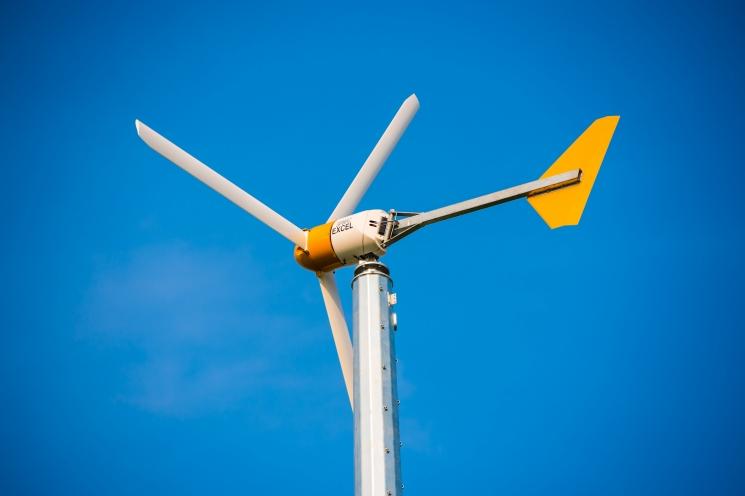 Construcción de aerogeneradores para energía eólica se tomó Puerto Natales
