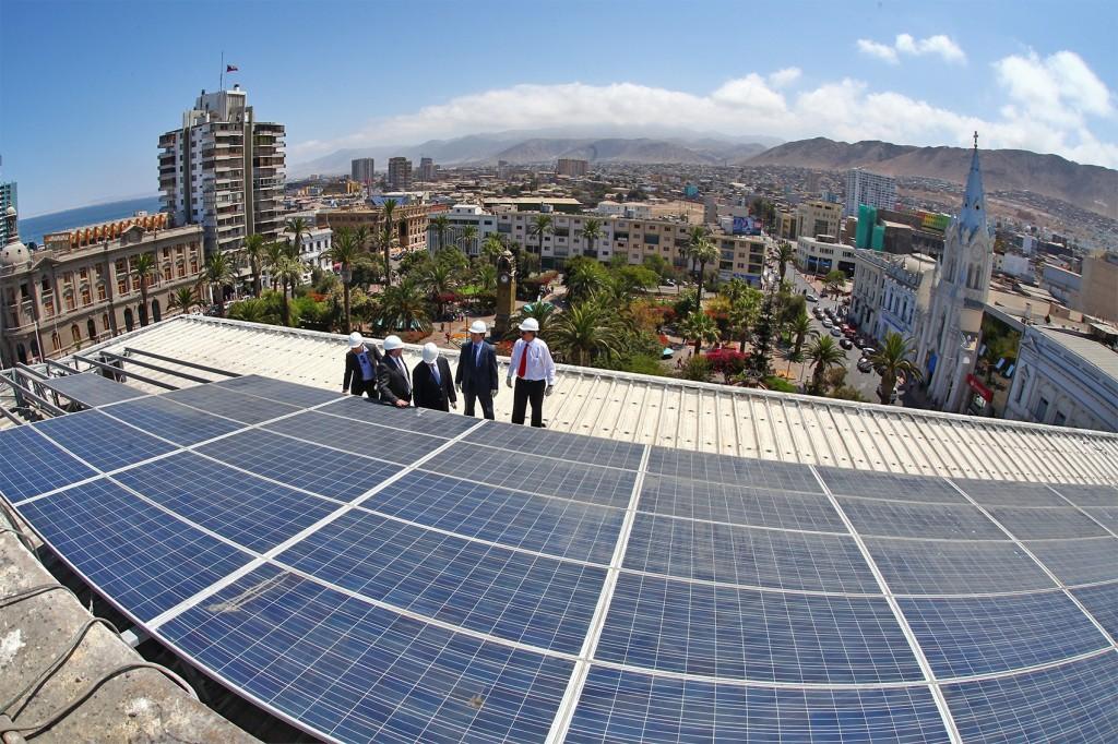 Energías renovables: Primera Intendencia con energía solar fotovoltaica en Chile