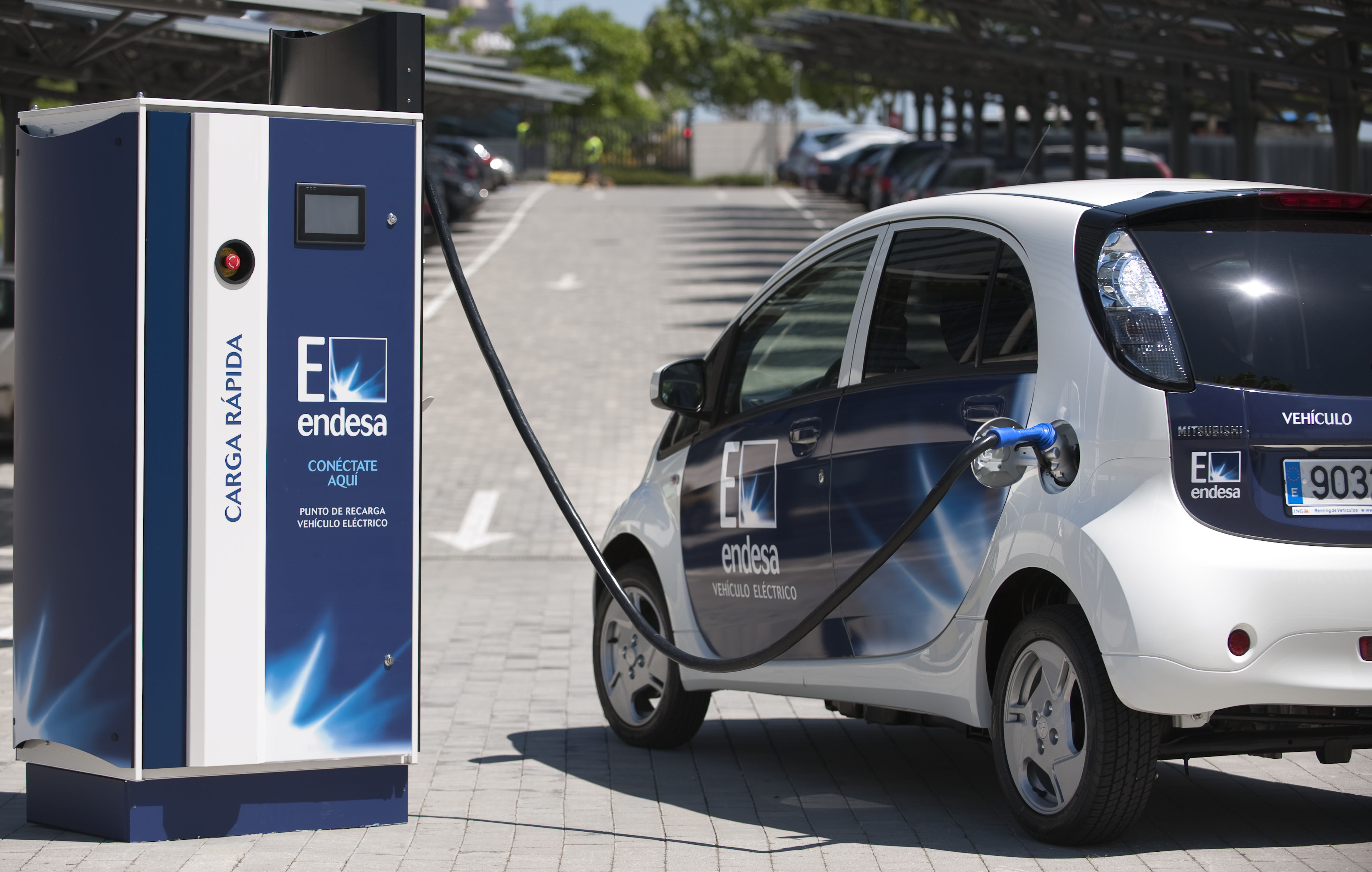 Vehículo eléctrico: Habra 2.000 puntos de carga de coches eléctricos en Baleares