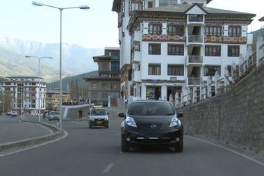 Vehículo eléctrico: Bután instala el coche eléctrico de Nissan