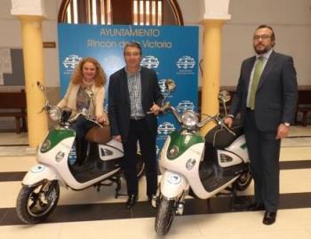 Instalan nuevos puntos de recarga para vehículos eléctricos en rincón de la victoria