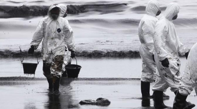 Las ONG ambientalistas consideran un despropósito el permiso a las prospecciones petrolíferas en Canarias