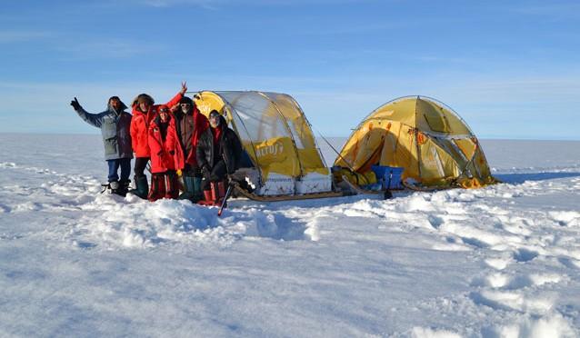 Primera Circunnavegación de Groenlandia con energía eólica