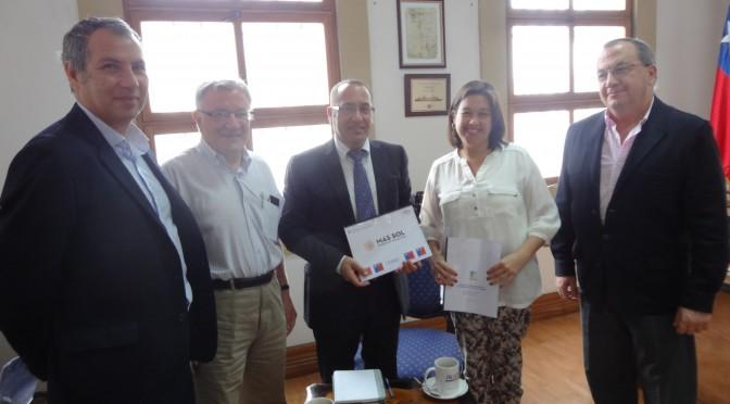 Centro Tecnológico Avanzado de Energías Renovables participa en la energía solar en Chile