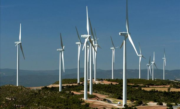 Avanza ejecución de proyectos de energía eólica en Camagüey