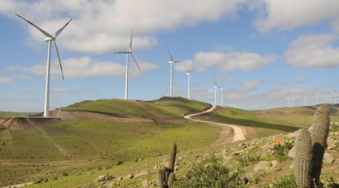 Energías renovables en Chile: Coquimbo produce electricidad con eólica y energía solar.