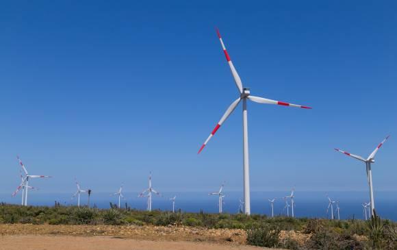 Eólica y energías renovables: parque eólico de la comobiana EPM en Chile con 57 aerogeneradores de Vestas