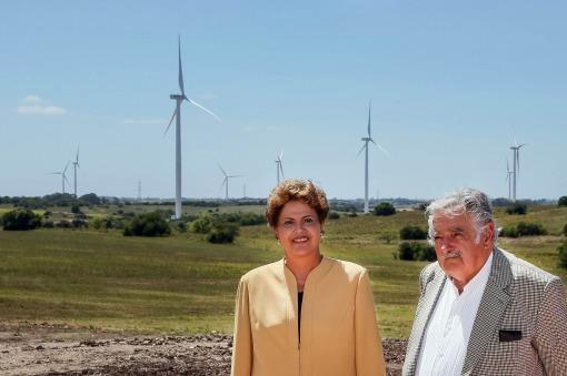 Eólica en Uruguay: Dilma Rousseff y José Mujica inauguran un parque eólico con 31 aerogeneradores