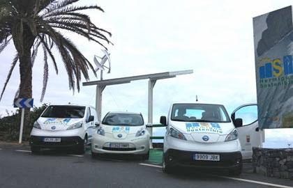 Coche eléctrico: Hermigua incorpora dos nuevos vehículos eléctricos a su parque móvil